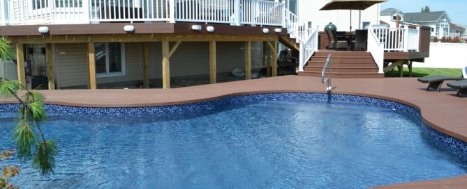 Elegant Multi-Level Deck and Freeform Pool:
