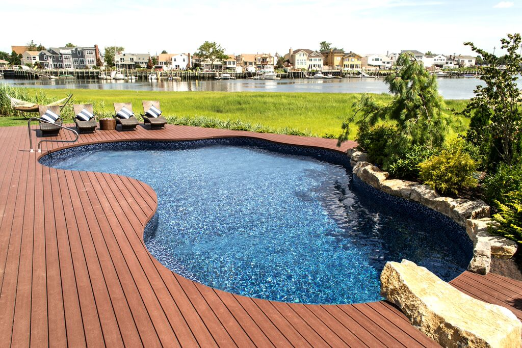 Slip-Resistant Pool Decking: