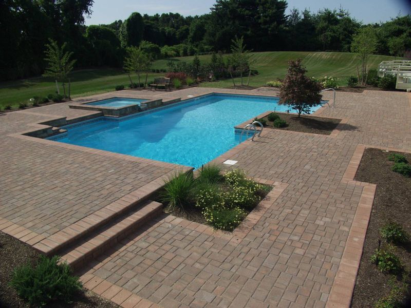Cambridge Pavingstones – The Deck and Patio Company