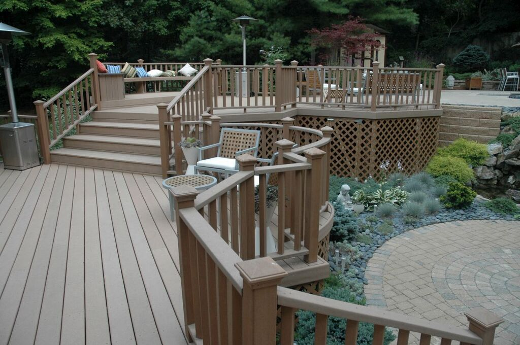 Maintenance-friendly Deck: