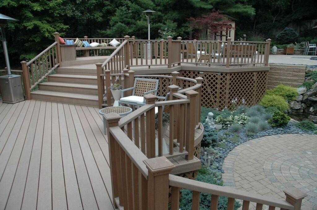 Maintenance-friendly Deck: