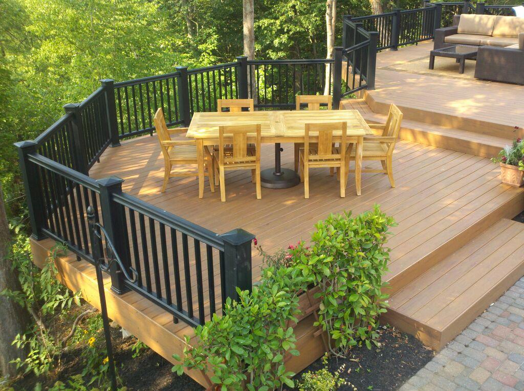 Design build decks getting creative in your deck design for Backyard decks