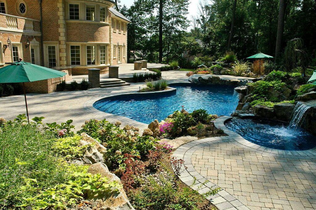 Backyard Oasis: