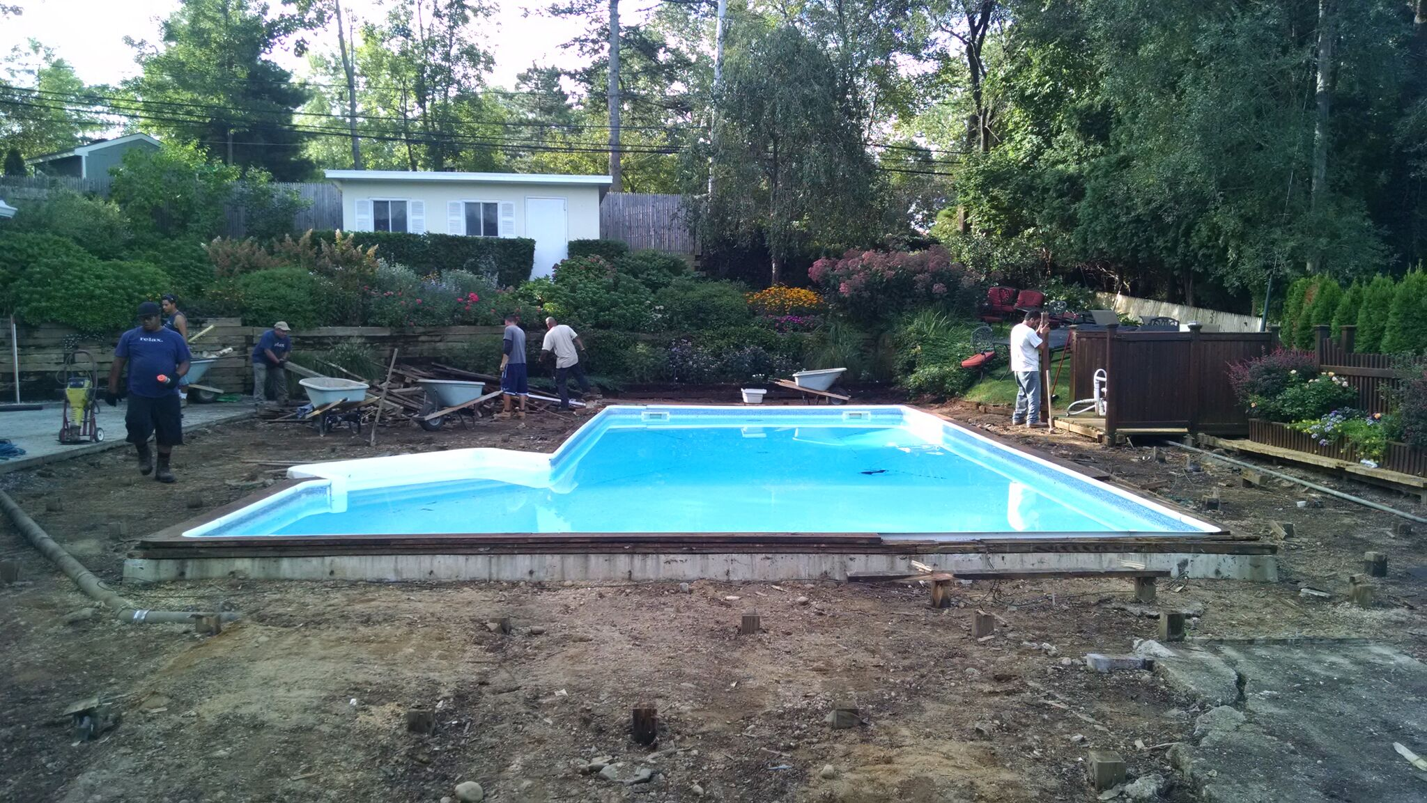 Pool surrounds for Swimming pool surrounds design
