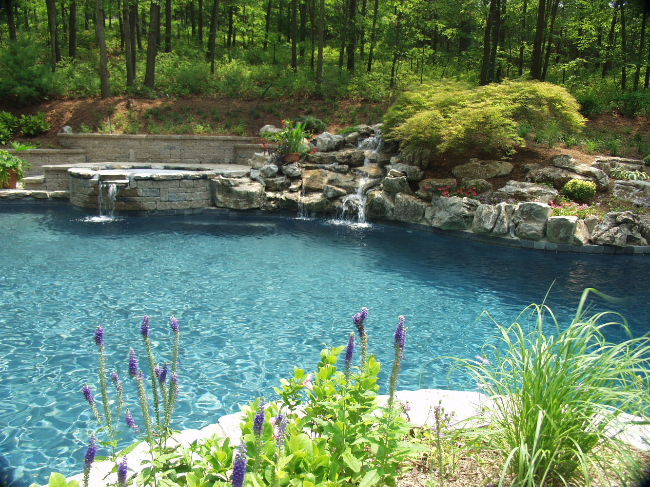 Updated Pool/Spa (Huntington/NY):