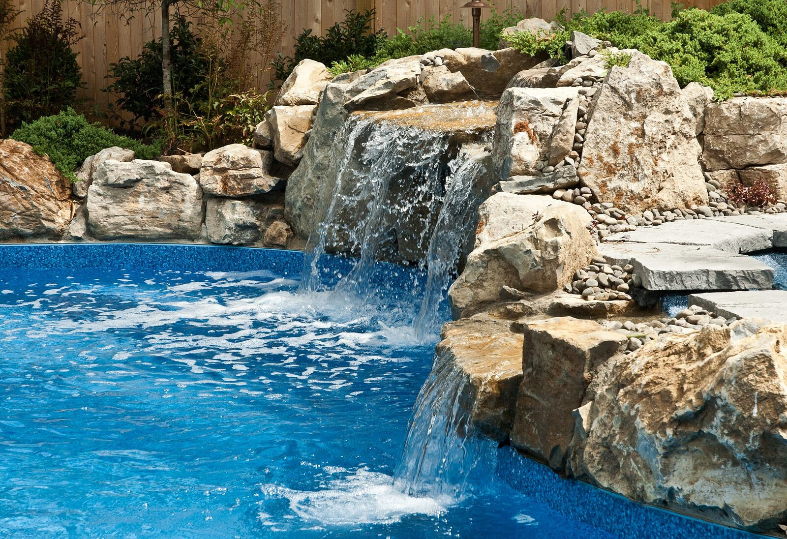 Pool Waterfalls (Massapequa, NY):