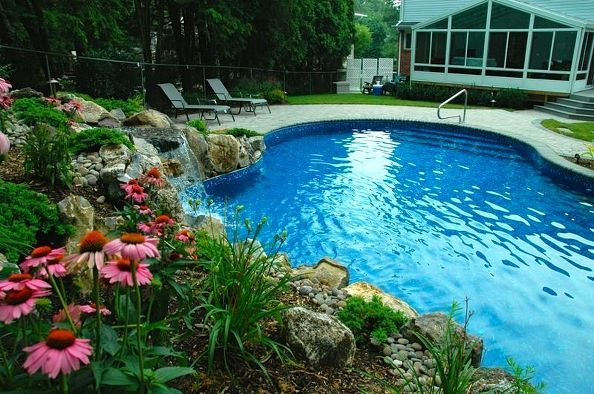 Vinyl Freeform Pool/Nassau County, NY: