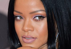 Rihanna Wearing Lavender Eye Shadow
