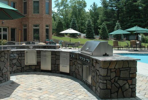 Custom Outdoor Kitchen/Bar