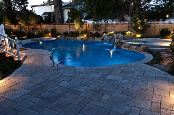 Making Backyards Appear Larger (Massapequa, NY):