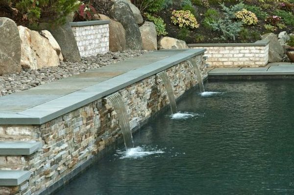 Sheet Falling Water Feature (Oyster Bay Cove/NY):