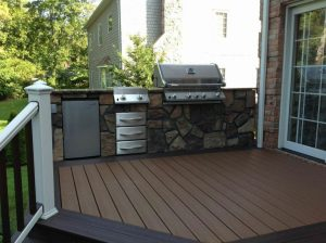 Outdoor Kitchen with Ronda insulated drawers