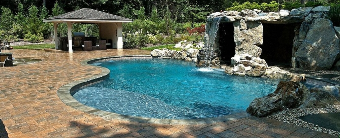 Custom In-ground Swimming Pool Features: