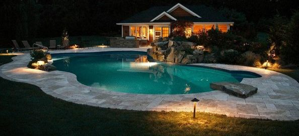 Destination Pool and Pool House (Long Island/NY):