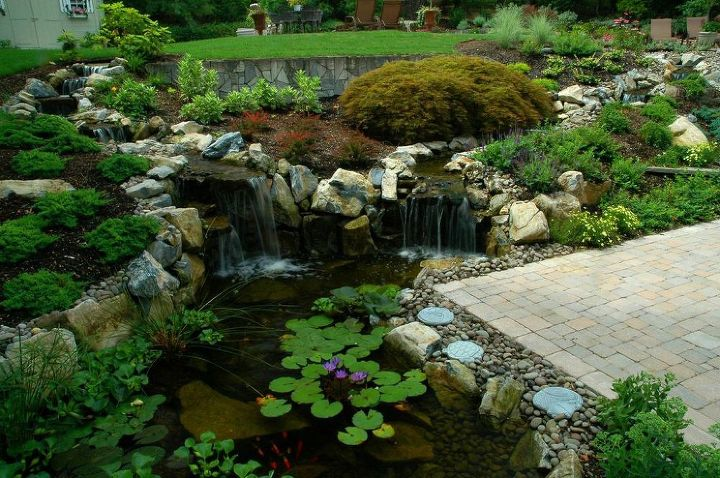 Landscaping: How to Create 'Soft' Space Using 'Hard' Rocks