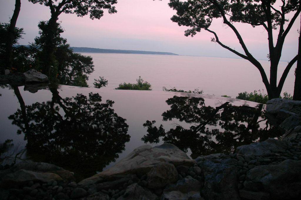 Infinity Pond (Long Island/NY)